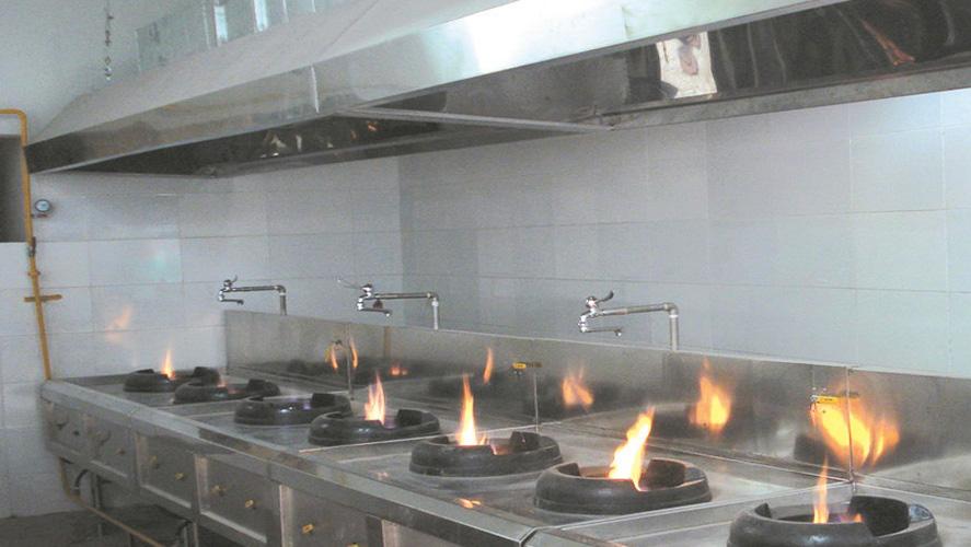 quạt hút mùi bếp ăn công nghiệp